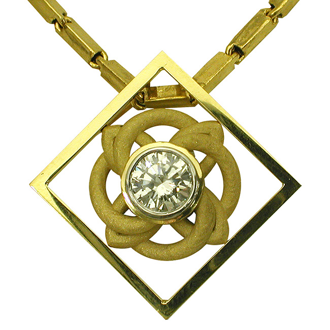 18kt-yellow-gold-diamond-celtic-knot-pendant-by-rgc