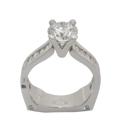 Platinum Round Brilliant Diamond Ring - Front View