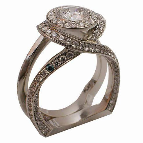Platinum Round Brilliant Diamond Halo Engagement Ring