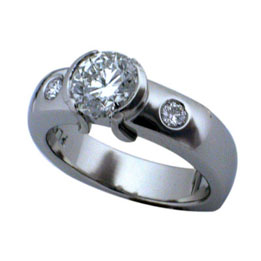 Platinum Round Brilliant Diamond Half Bezel Ring
